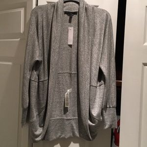 Wrap hi/lo sweater